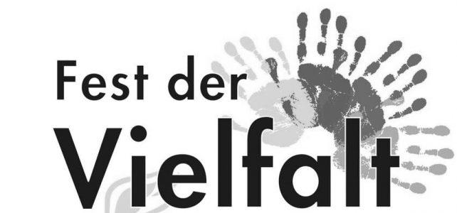 """Karan singt in Mörlenbach beim """"Fest der Vielfalt"""""""
